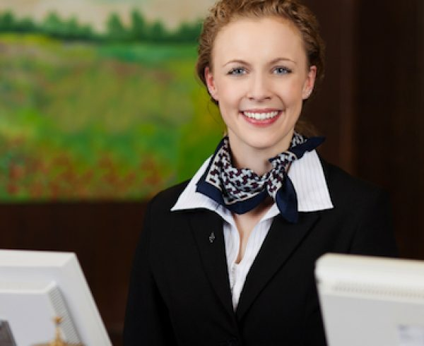 """Effective-Customer-Service"""